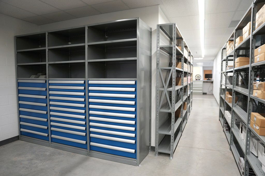 Automotive Modular Drawers for Shelves