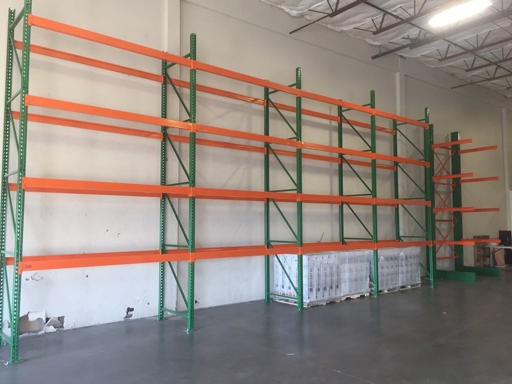 Pallet Rack for Roofing Supplies